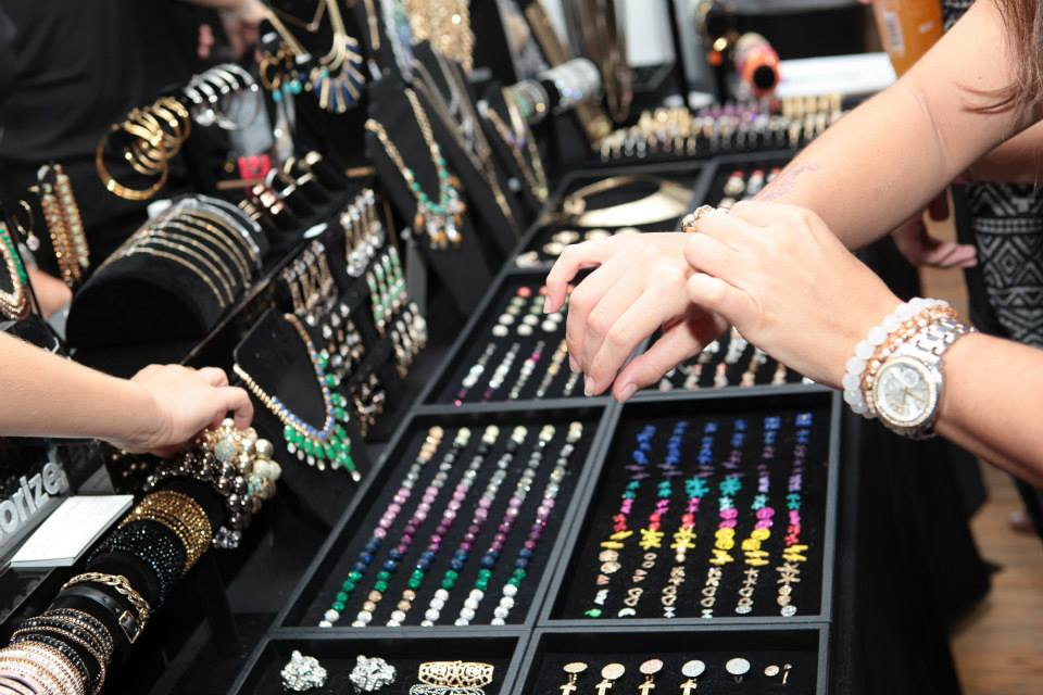 Jewelry Display_Innovate Marketing Group