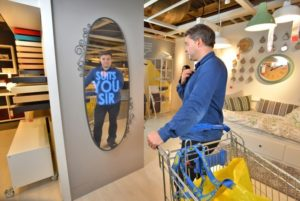 Innovate-Marketing-Group-Blog-Event-Activation-Ideas-Ikea-Selfie-Mirror_innovatemkg.com